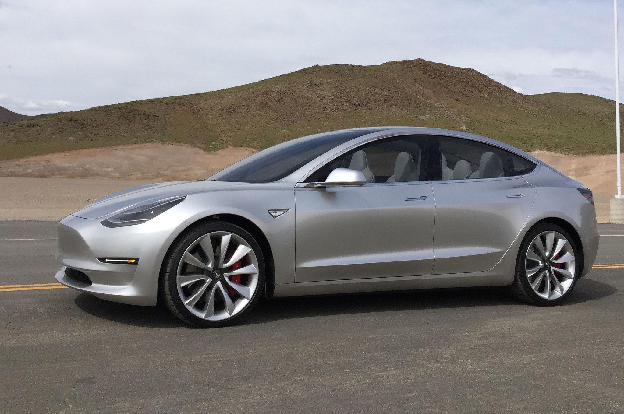Tesla-Model-3-side-view.jpg