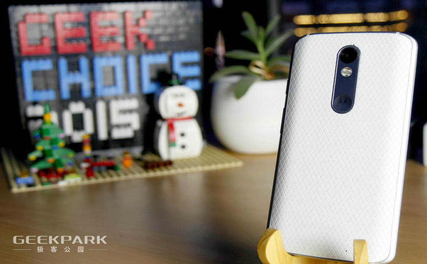 有一个摔不碎的手机是种怎样的体验?
