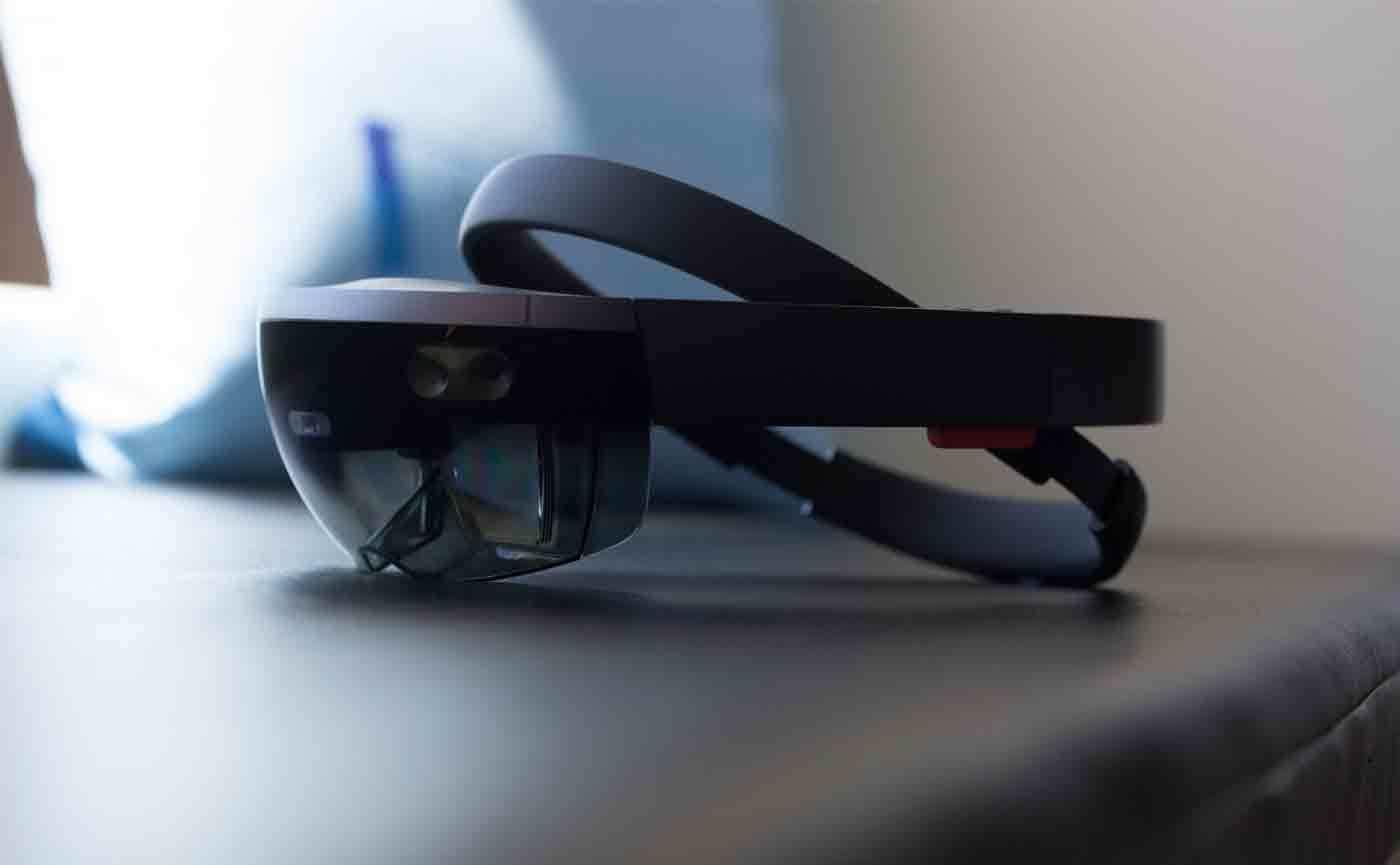 微软开放 HoloLens 操作系统,到底图什么?
