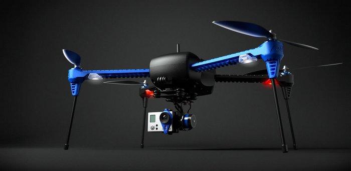 自拍的终极解决方案:自动跟着你飞行拍摄的 IRIS+