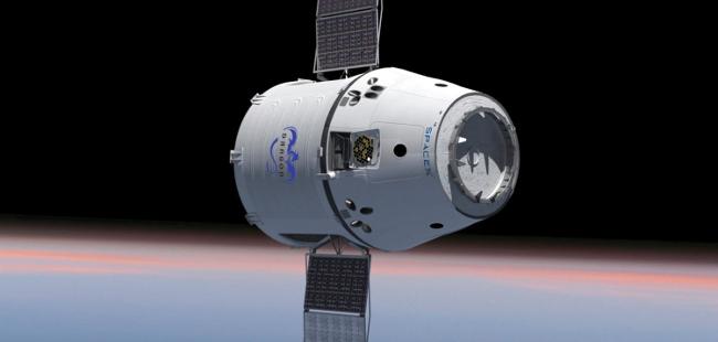 钢铁侠 Elon Musk 的 SpaceX 载人航天取得新进展