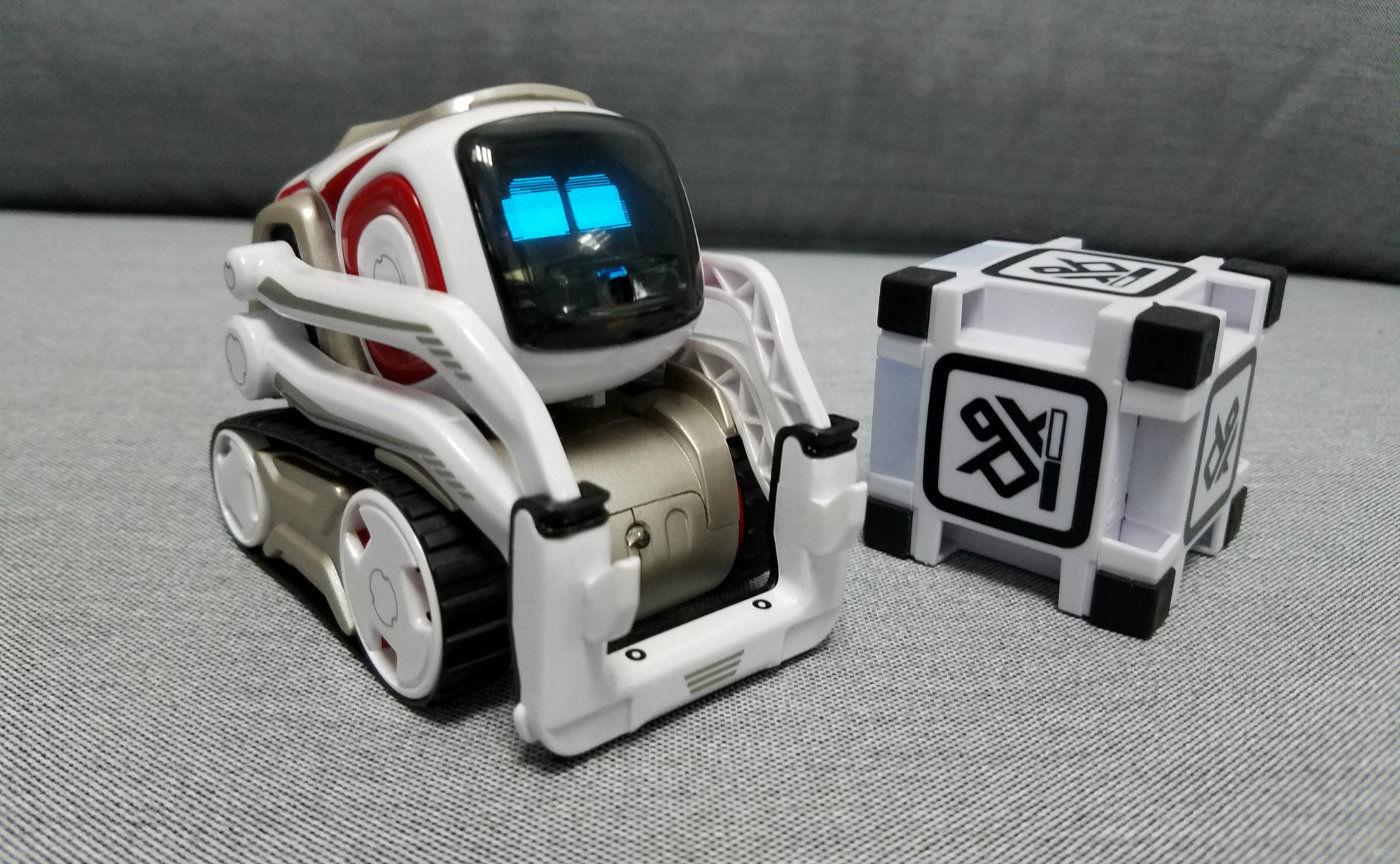 我玩了玩现实版的机器人「瓦力」,还挺有意思的