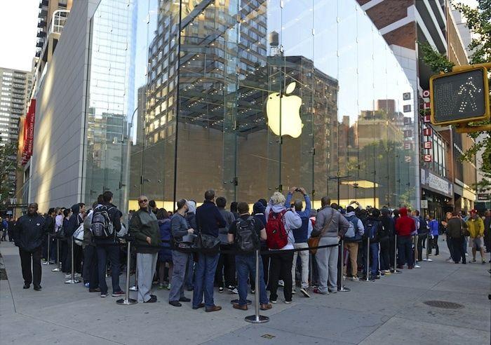 News-Payment-Methods-Mobile-Commerce-Apple-Customers-.jpg