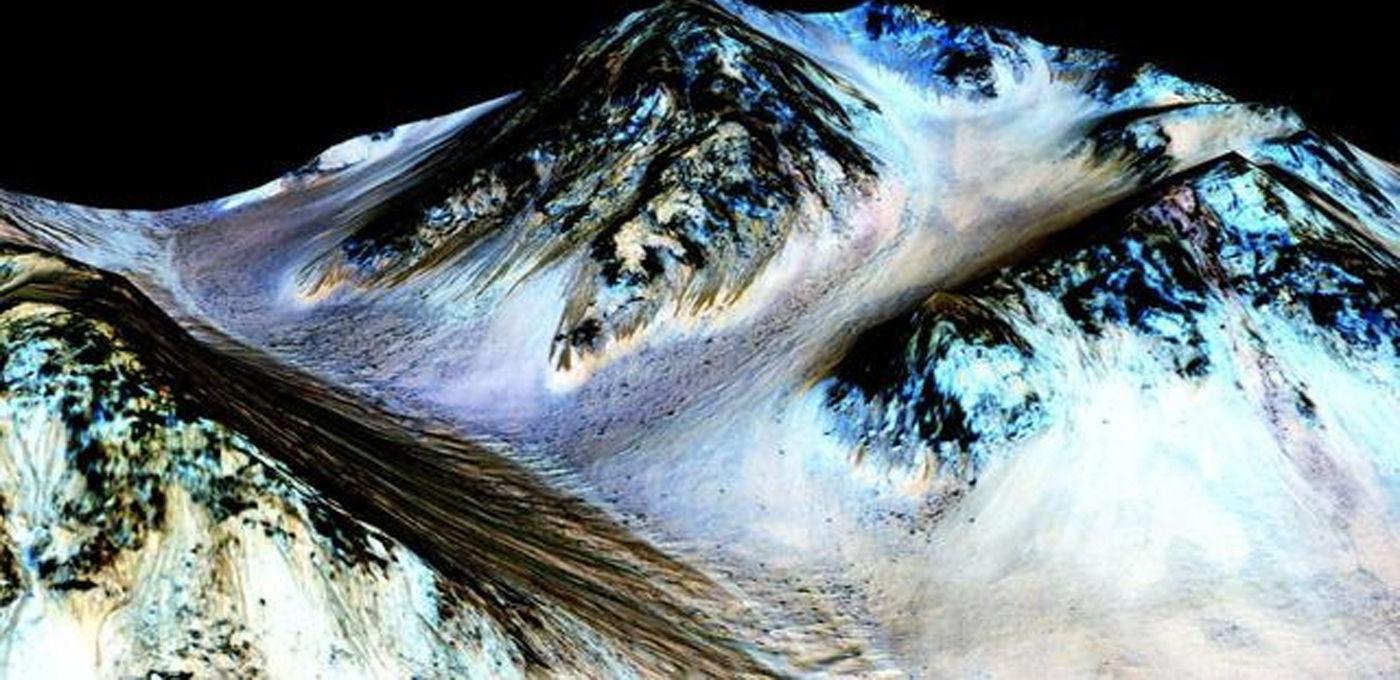NASA 确认火星上存在液态流体水| 极客早知道 2015 年 9 月 28 日
