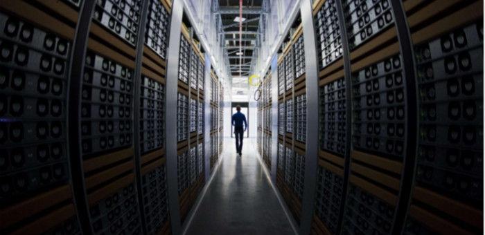 苹果拟投资20亿美元建数据中心 | 极客早知道 2015 年 2 月 3 日