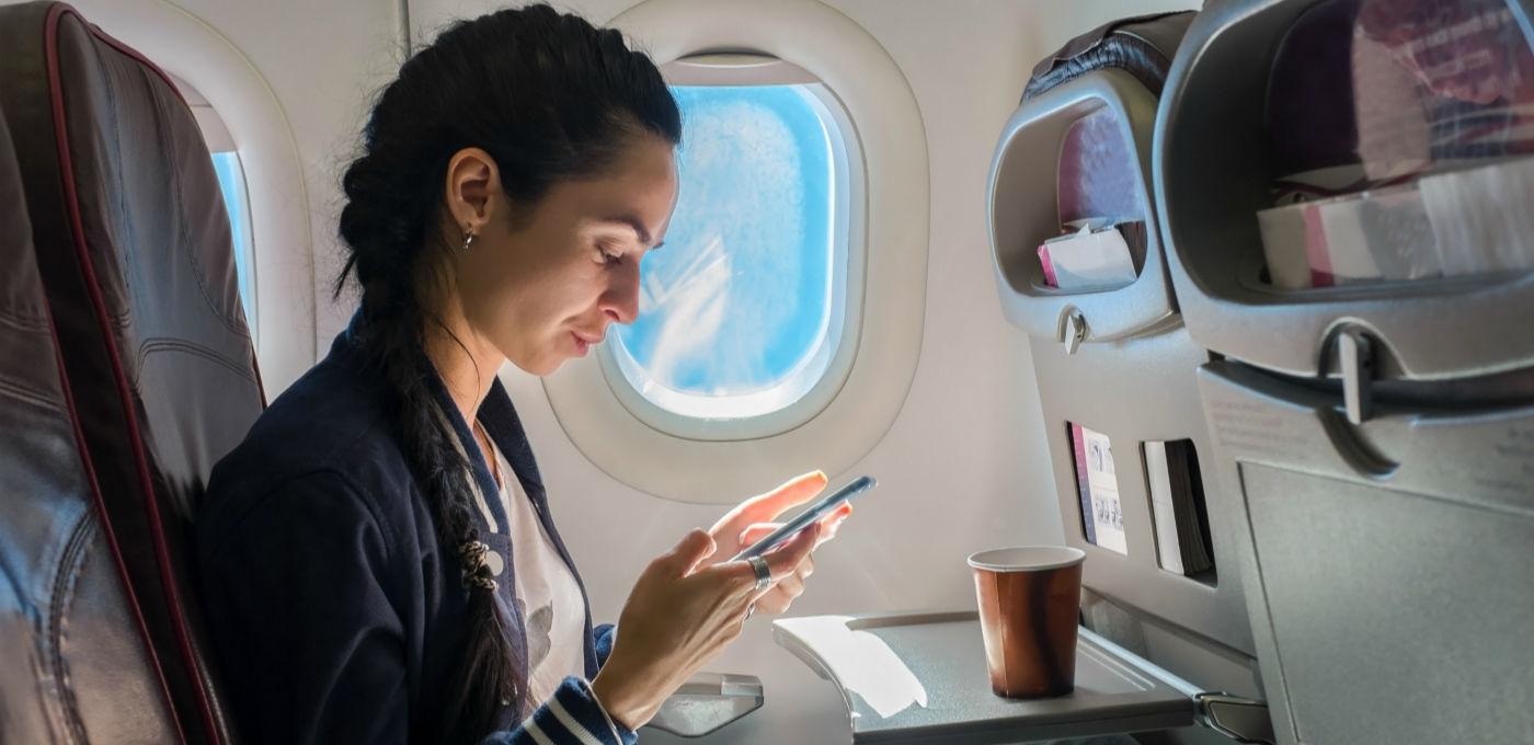 东航新业务,从此飞机上也能聊微信了!丨极客早知道 2015 年 11 月 9日