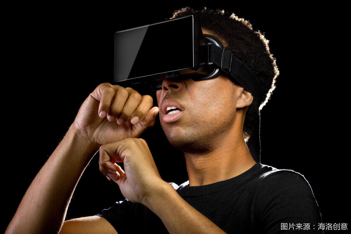 我参加了一场 VR 电影节,却依然不知何时才能看一部真正的 VR 电影