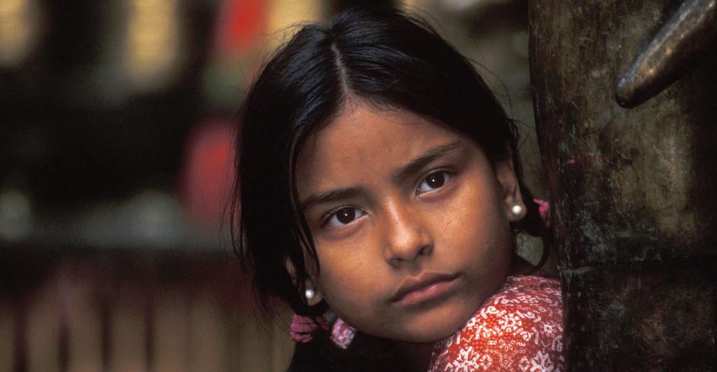 技术的力量之一,是能靠照片还原尼泊尔古迹