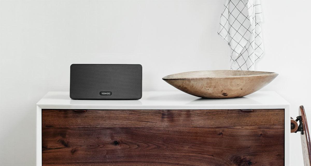 sonos-play3-black-kitchen-speaker.jpg