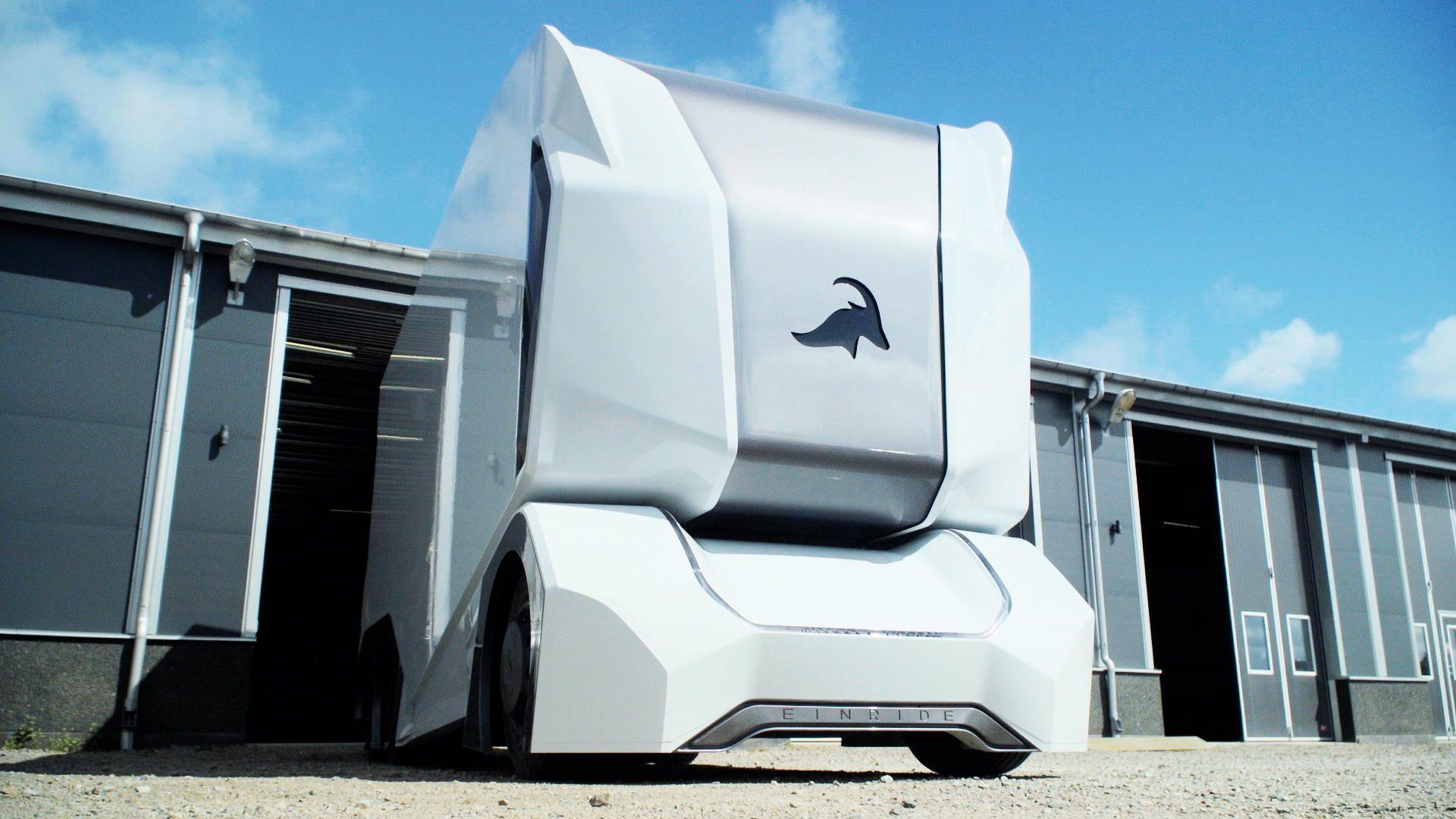 einride-self-driving-truck-prototype-1.jpg