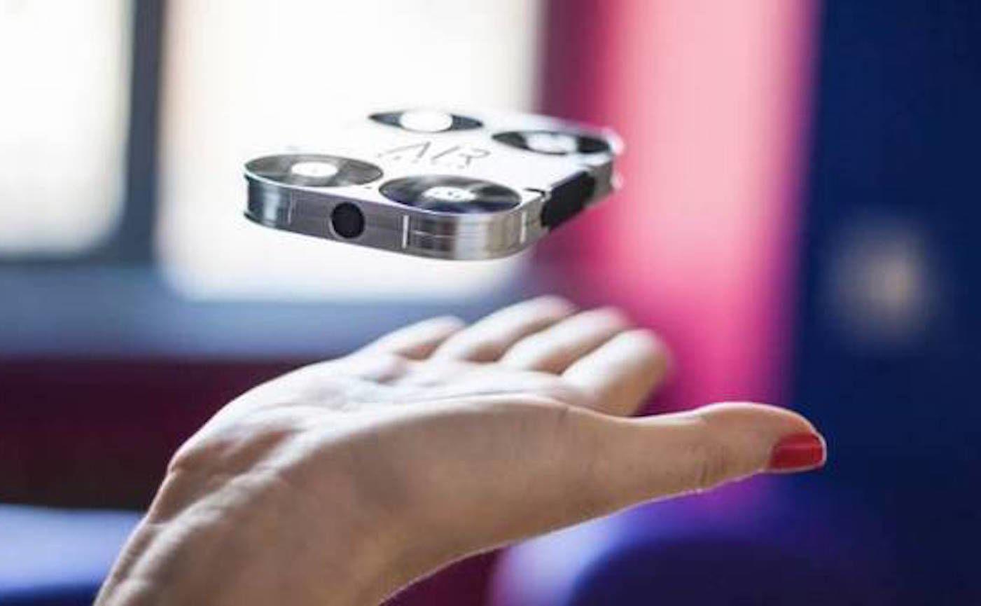 2017,一个娱乐无人机的时代?| CES 2017 前瞻