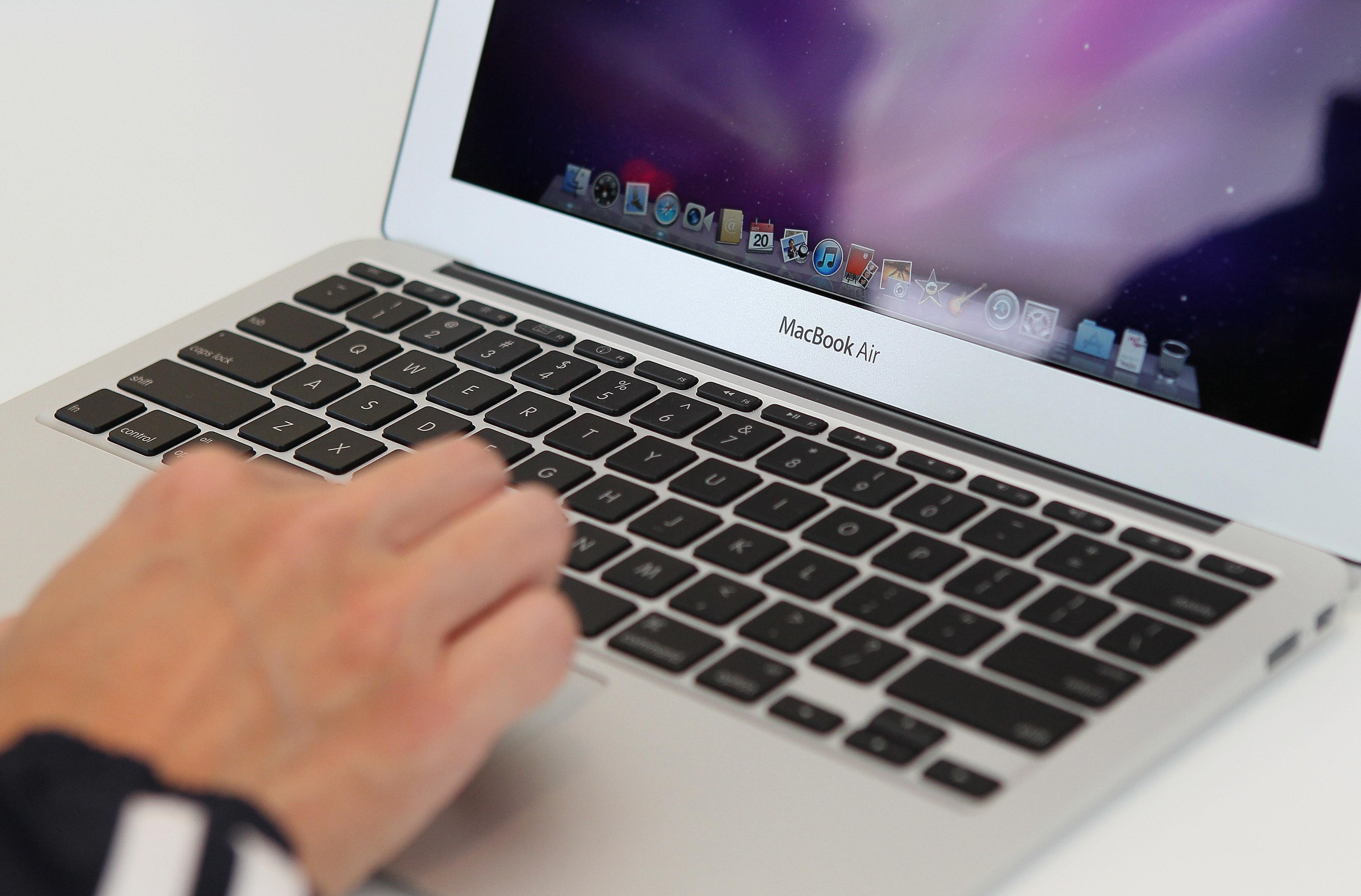 mac-macbook-100620597-orig.jpg