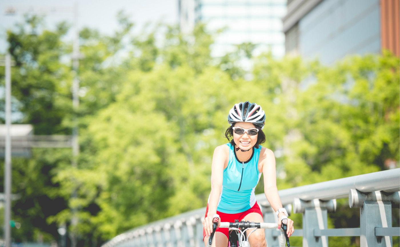 你的骑行套装里,需要一个超酷的智能头盔吗?