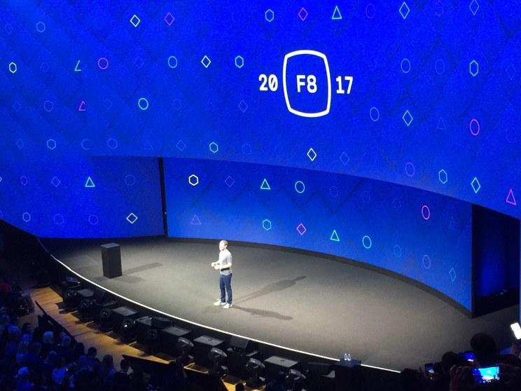 Facebook F8 大会首日现场直击:AR 成最主要议题,社交化 VR 引遐想
