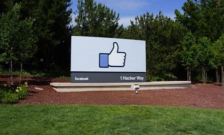 Facebook • 美国