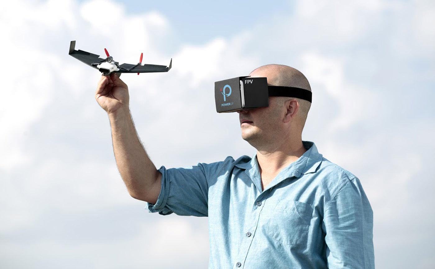 老罗发布会都开始搞 VR 直播了,而 VR 离主流还有多远?