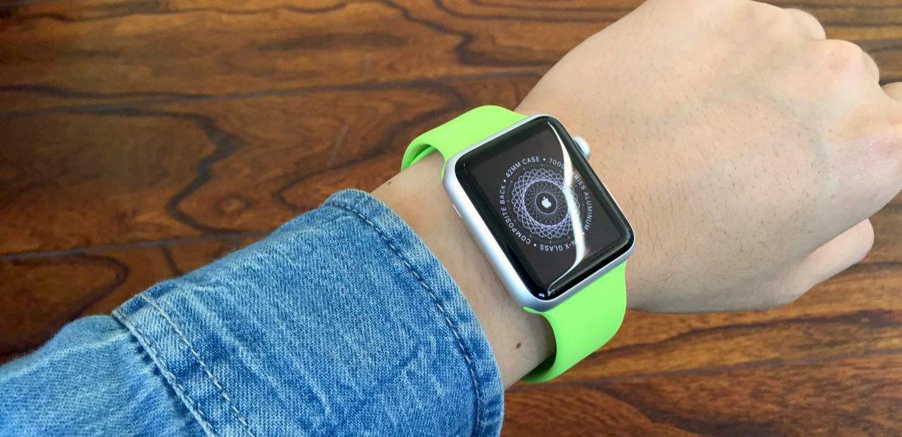 Apple Watch开箱上手:做工精良,第三方应用还很不足