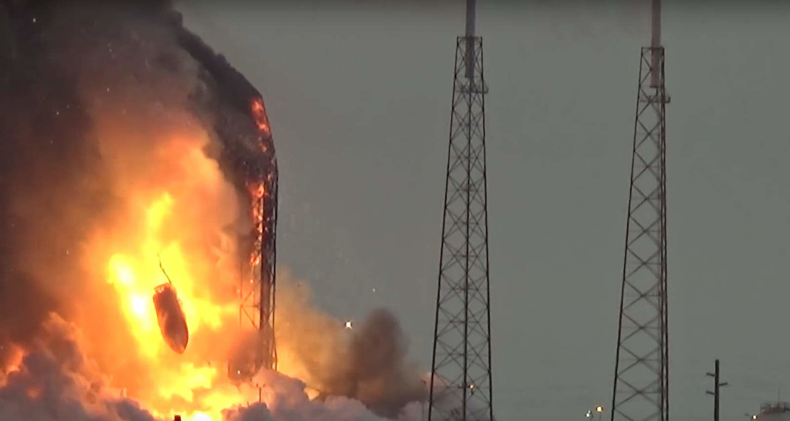 falcon-9-explosion-could-earn-spacex-a-trip-to-the-court-110953_1.jpg