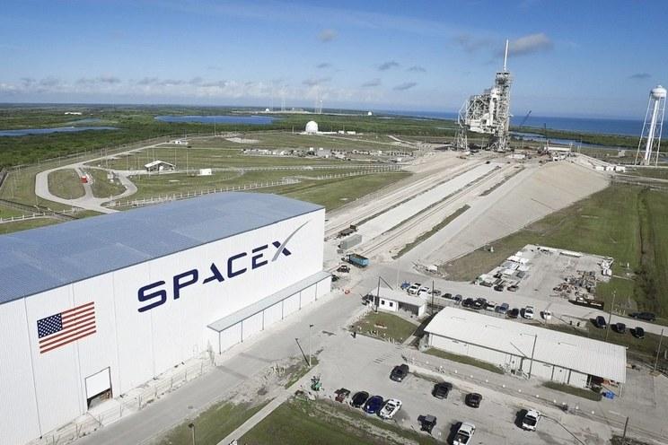 SpaceX-NASA.jpg