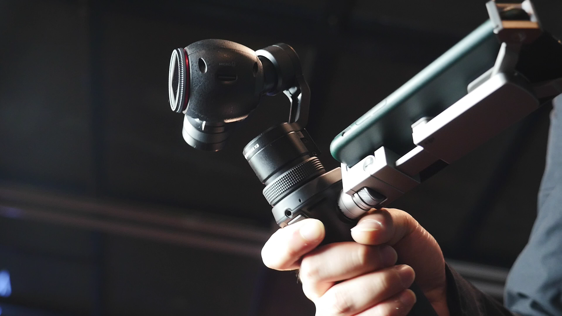 视频 | 大疆 Osmo 手持云台相机体验:「手抖党」的福音