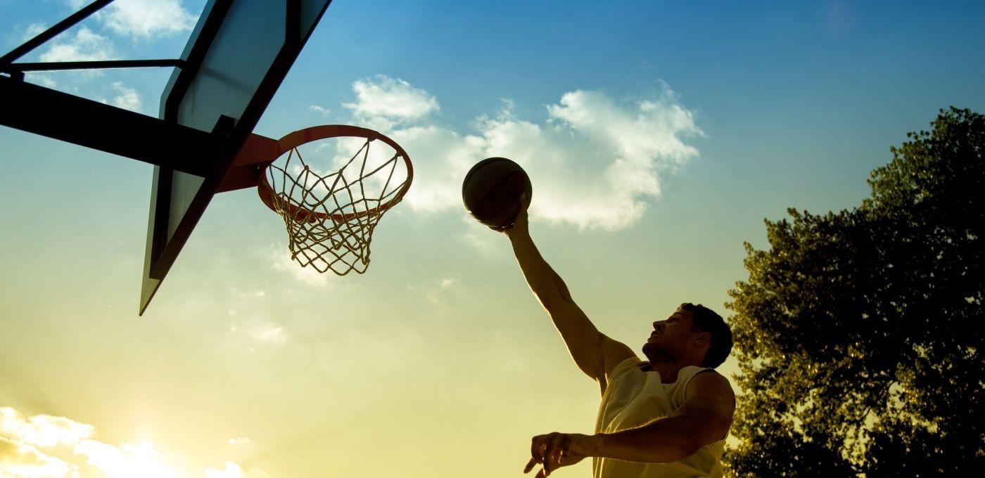 球记App:让你在创业精英篮球赛上直播你自己