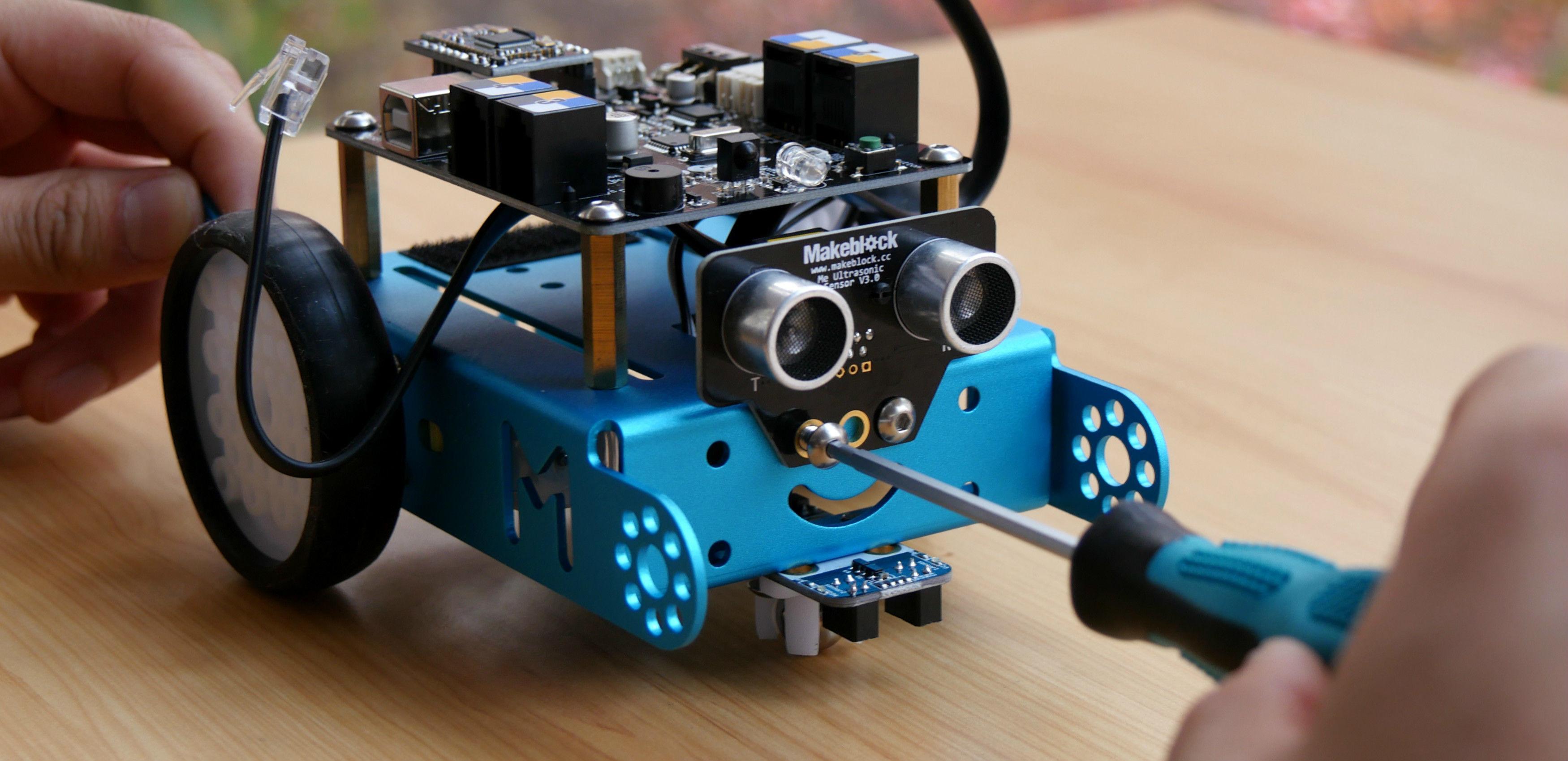 众测 | 听说程序猿家的孩子都玩这个机器人