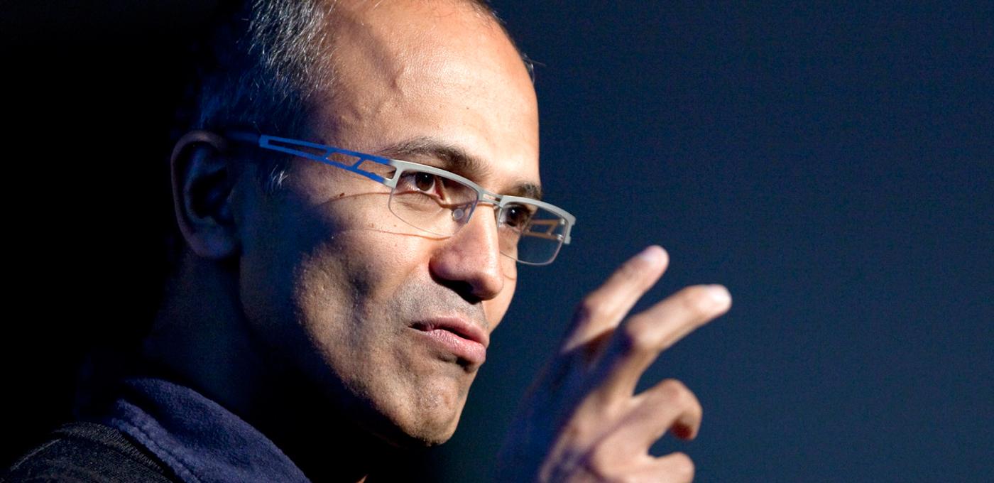 十个月,纳德拉如何让微软股价创下十四年新高
