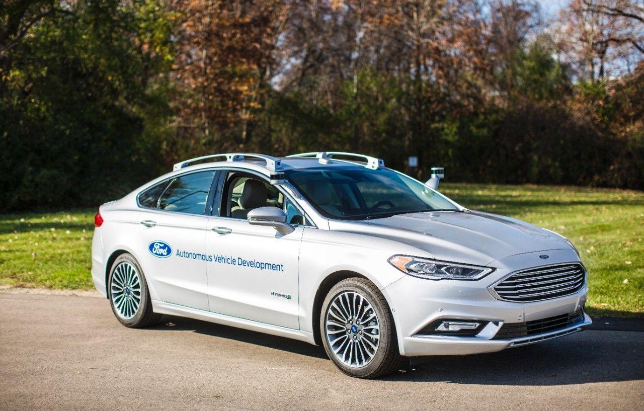 新一代福特Fusion混合动力自动驾驶测试车_1.jpg
