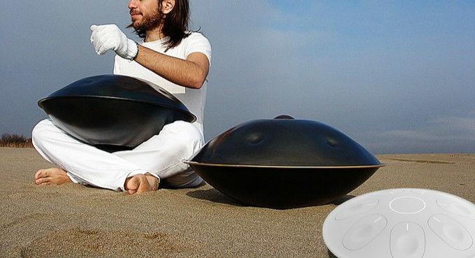 这个像锅一样的乐器「HandPan」又有了更酷的玩法