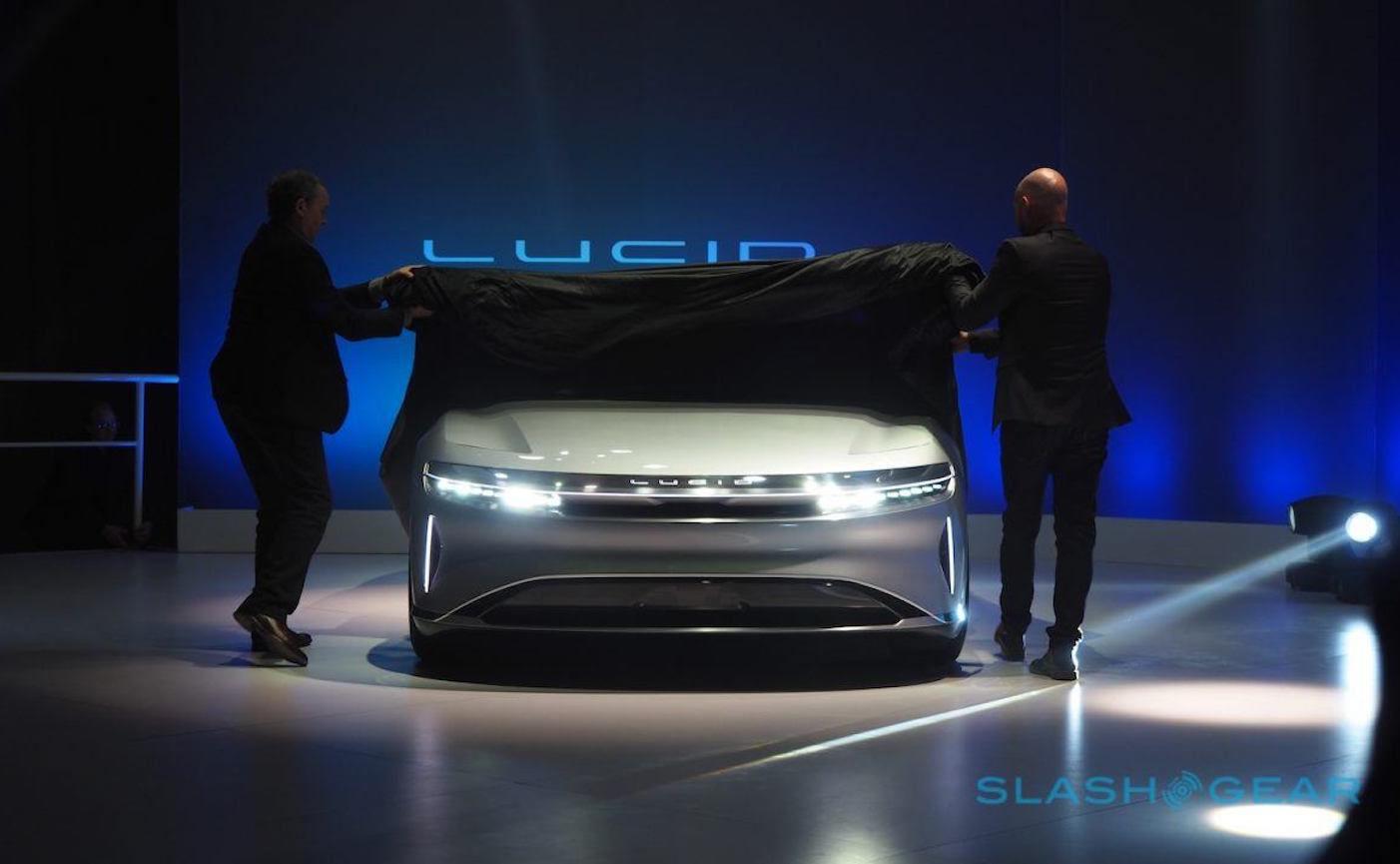 这家公司没有 CEO,却发布了比 Tesla 性能还好的电动汽车?