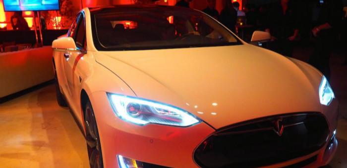 Tesla D 计划揭晓:自动驾驶+神提速