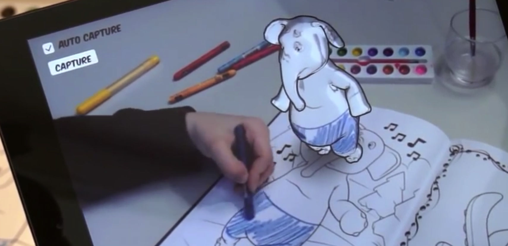 借助 AR 技术,迪士尼能帮你画只立体米老鼠了