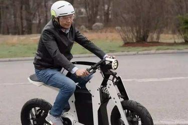 0-100 加速破 3 秒,电动时代又要重新定义摩托车?