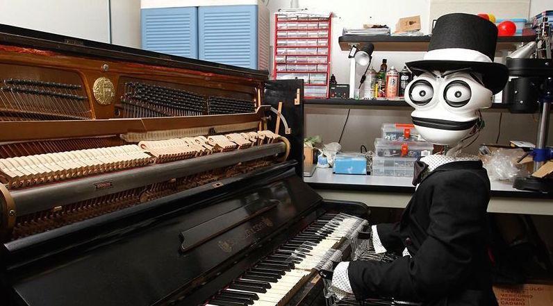 会弹钢琴的 Teo,大概是世界上最浪漫的机器人了