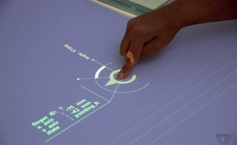 Sonys-Future-Lab-Program-has-the-best-projector-concept.jpg