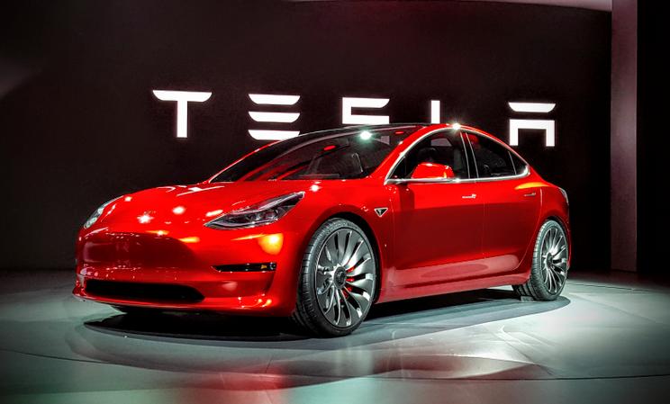 没有跳票,Musk 宣布 Model 3 本周五正式量产,可是......