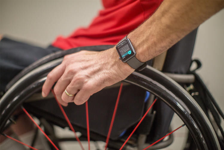 apple-watch-wheelchair-user.jpg