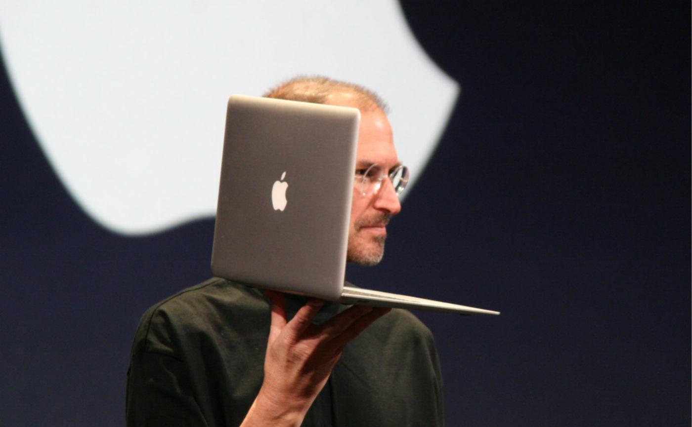 面对史上最混乱的 MacBook 产品线,我们该怎么选?