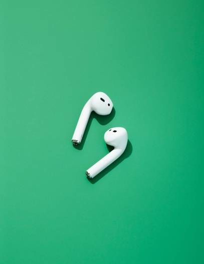 apple-earbuds.jpg