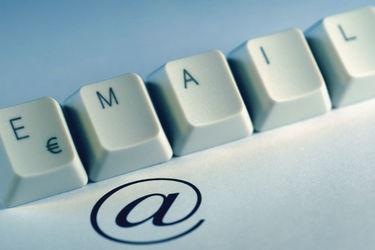 电子邮件诞生 35 周年,是到和它说再见的时候了吗?